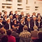 Chor singend